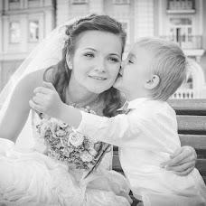 Wedding photographer Elena Nikolaeva (springfoto). Photo of 03.10.2013