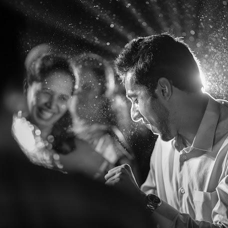 Wedding photographer Rushikesh Tambe (rushitambe). Photo of 02.11.2017