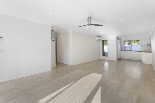Photo of property at 2/57 Rivergum Drive, Nerang 4211