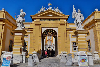 Photo: Benediktinerkloster Stift Melk: Hauptportal