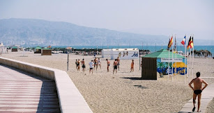 Miles de visitantes han dejado de acudir a Roquetas de Mar en esta Semana Santa.