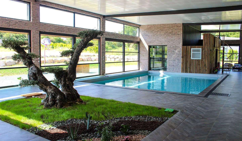Villa avec piscine et jardin La fleche