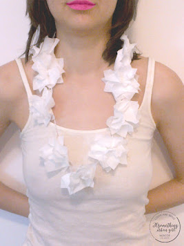 DIY: How to make paper Hawaii lei, necklace, the white version for the bride-to-be