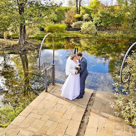 Wedding photographer Viktor Borovikov (VicBor). Photo of 10.01.2014