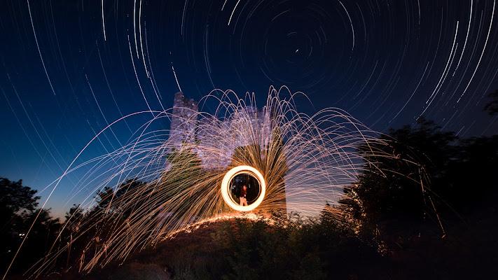 steel wool sotto un cielo stellato  di Mutley