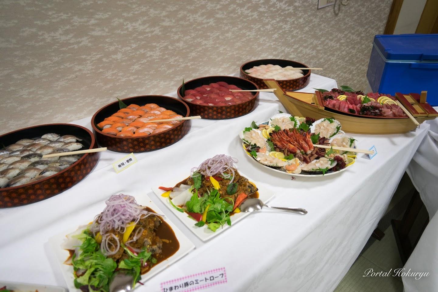 数々の豪華な料理