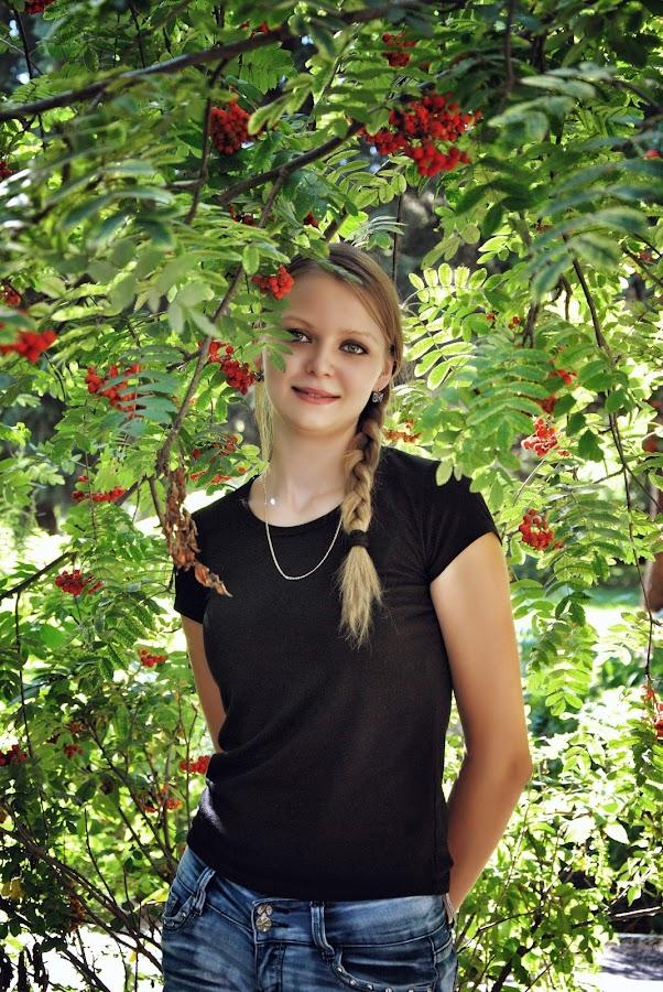 Nika by Sergey Kuznetsov - People Portraits of Women ( small, beauty, model, girl, summer )