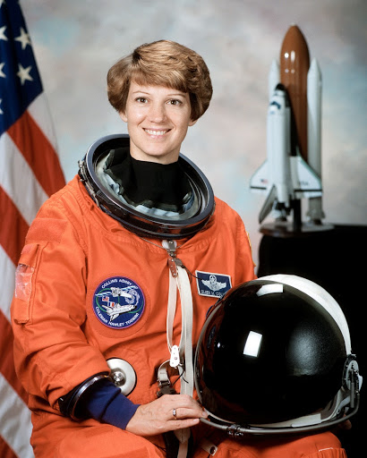 Official portrait of Eileen M. Collins, STS-93 commander