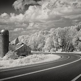 by Dragos Tranca - Black & White Landscapes