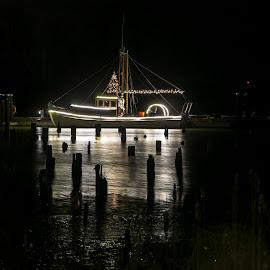by P Murphy - Transportation Boats