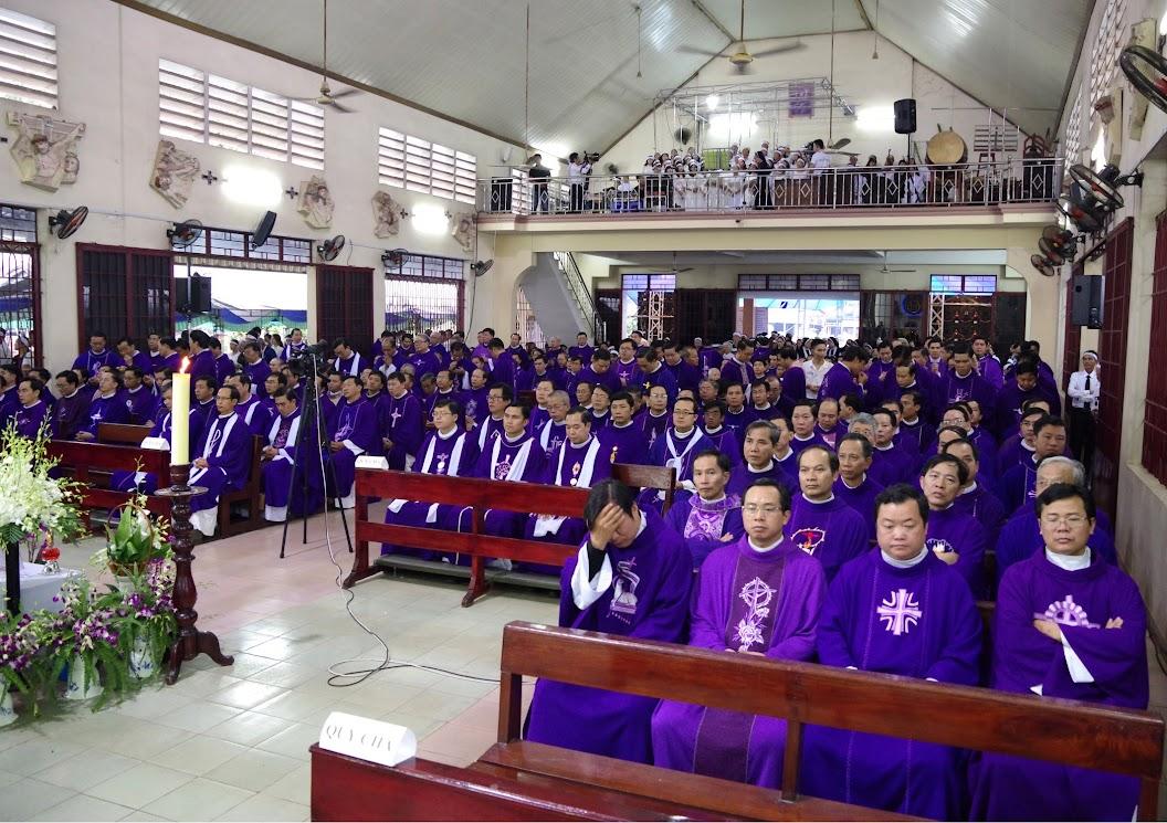 Thánh lễ an táng Cha Giuse Trần Ngọc Tâm - Chánh xứ Xuân Đức - Ảnh minh hoạ 24