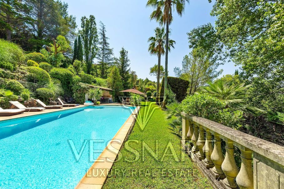 Vente maison 7 pièces 300 m² à Mandelieu-la-Napoule (06210), 1 850 000 €