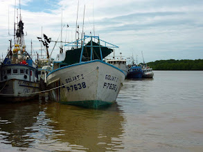 Photo: #005-Les bateaux de pêche à Puntarenas (Cocos 2010)