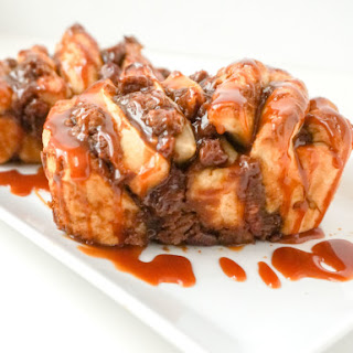 Pumpkin Pull Apart Bread with Caramel