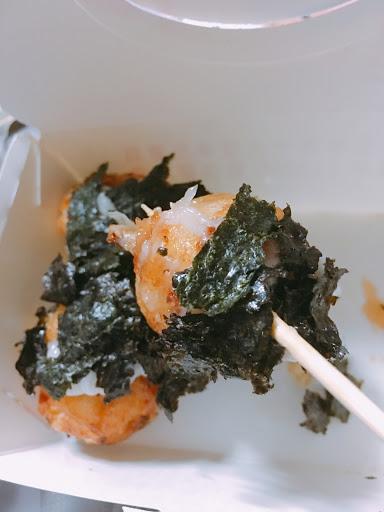 酥脆的外皮,軟嫩的內餡,搭配香甜的美奶滋和海苔,完全驚艷,超級好吃!!!