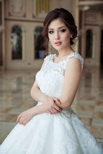 Bryllupsfotograf Saule Popova (sonyapopova). Bilde av 26.03.2019