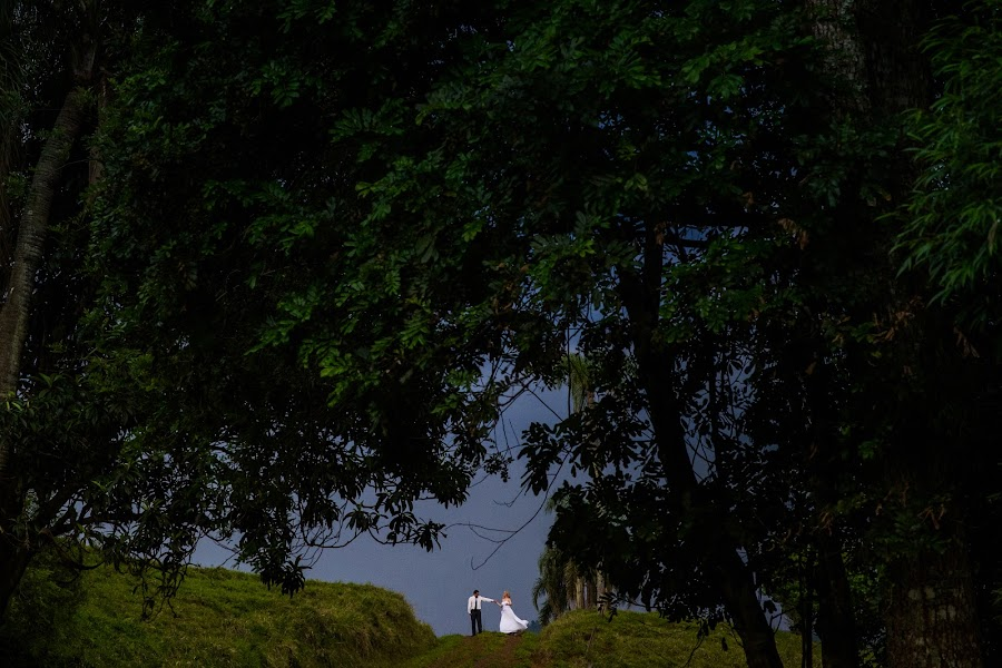 Wedding photographer Nei Bernardes (bernardes). Photo of 24.11.2015