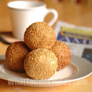 SESAME BALLS (8-10 sesame balls)