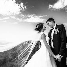Wedding photographer Mikhail Sotnikov (Sotnikov). Photo of 31.08.2017