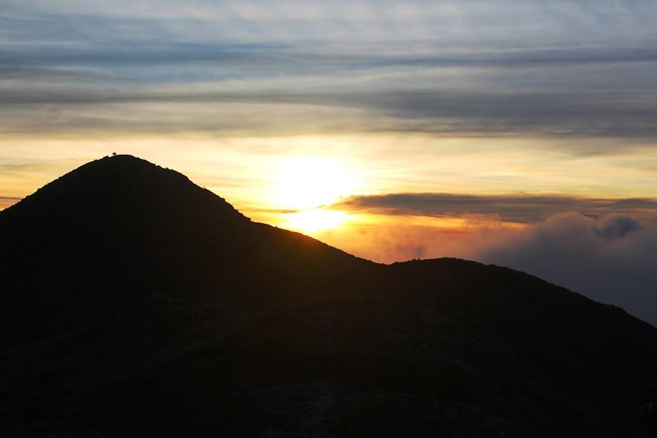 Pico da ASA no por do sol