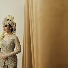 Wedding photographer Mochamad Satyo Ariadi (satyo). Photo of 26.08.2015