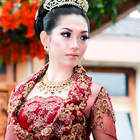 Kebaya  by Ganang Sujarwo - People Portraits of Women