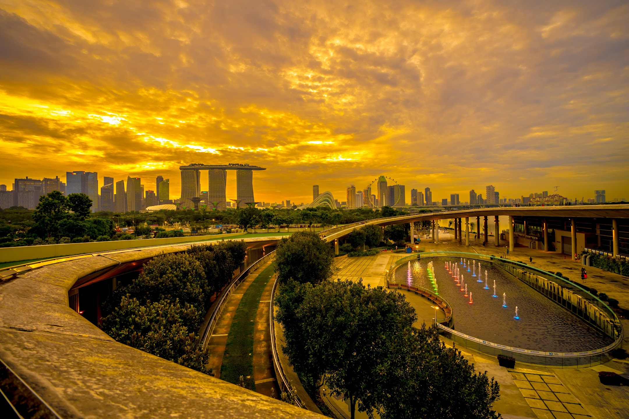 Singapore Marina Barrage evening5