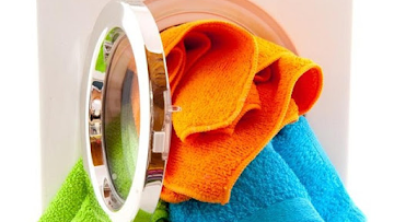 Giặt xả quần áo