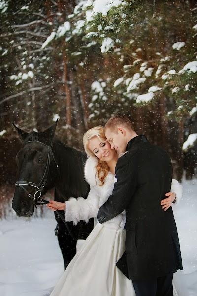 Huwelijksfotograaf Lyubov Pyatovskaya (Lubania89). Foto van 17.01.2016