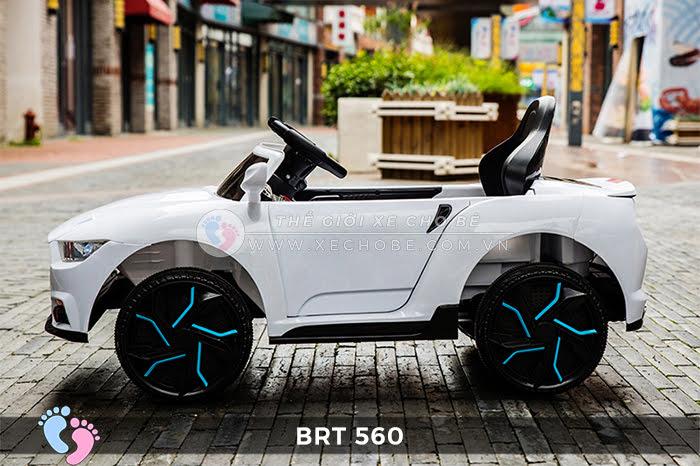 Xe hơi điện cho bé RBT-560 6