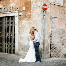 Wedding photographer Karina Dedlovskaya (kerryrosa). Photo of 22.10.2016
