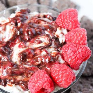 White Chocolate Raspberry Cheesecake Dip