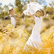 Wedding photographer Oksana Cekhmister (Xsanna). Photo of 19.10.2015