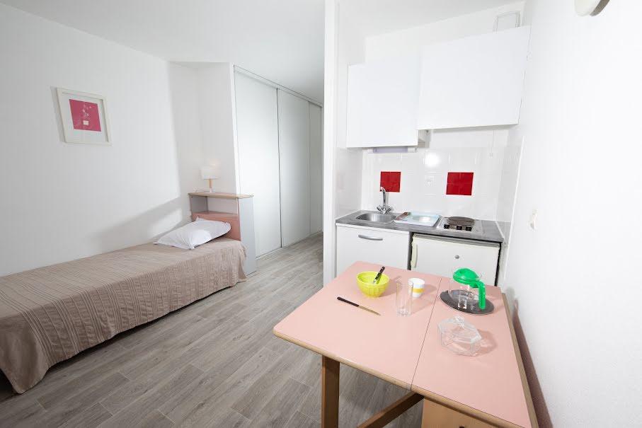 Location meublée studio 1 pièce 18 m² à Villenave-d'Ornon (33140), 545 €