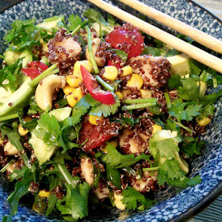 Salad With Quinoa, Chicken And Avocado