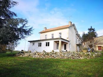 ferme à Lamothe-Montravel (24)