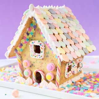 Funfetti-fied! Funfetti Sugar Cookie House