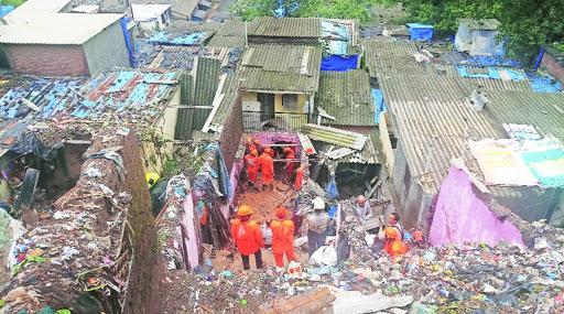 Mumbai: at least 29 fatalities in monsoon landslides