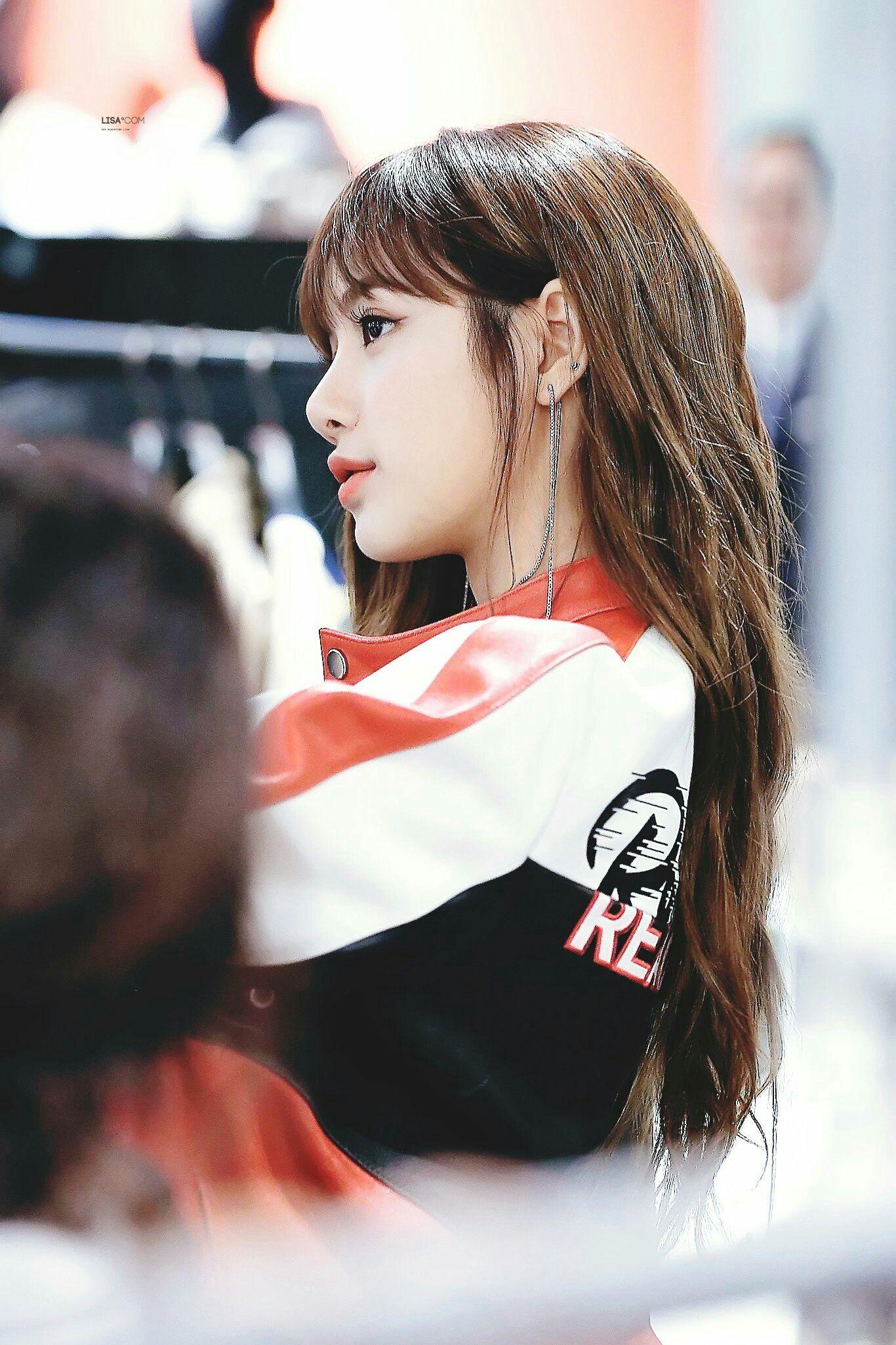 lisa profile 8