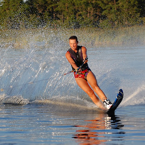 by Donna Van Horn - Sports & Fitness Watersports (  )