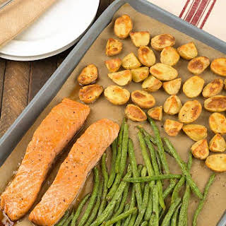 Sheet Pan Salmon with Potatoes and Green Beans.