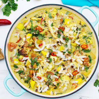 Cauliflower, Mango and Spinach Coconut Curry [vegan] [gluten free]