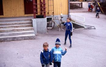 Photo: 1981 Sopukadulla Jarkko, Mika ja Jani