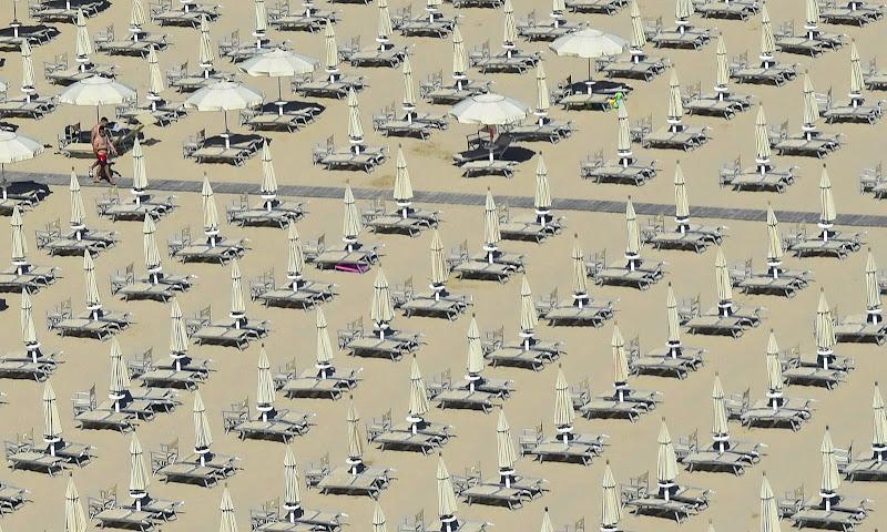 Tutti In spiaggia ... di Isidoro.