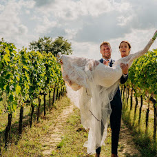Wedding photographer Alessandro Morbidelli (moko). Photo of 03.10.2019