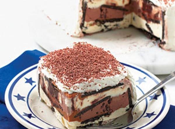 Peanut Butter - Chocolate Cookie Ice Cream Cake Recipe