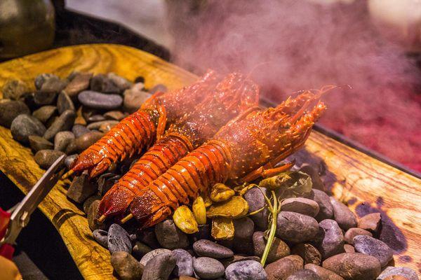 洄瀾灣景觀餐廳 | 生猛海鮮x無菜單料理x桌邊烹調