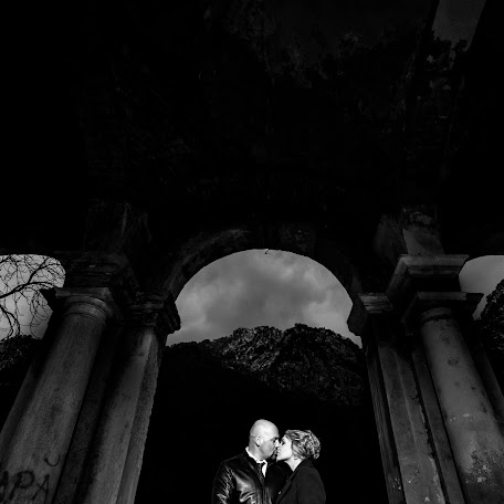Wedding photographer Silviu-Florin Salomia (silviuflorin). Photo of 27.02.2018