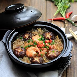 Braised Mung Bean Noodles with Shrimps.