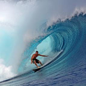 Surfing Mentawai Islands by Paul Kennedy - Sports & Fitness Surfing ( indonesia, west sumatra, nias island )
